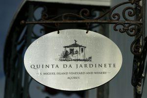QUINTA DA JARDINETE S.MIGUEL ISLAND VINEYARD AND WINERY AZORY - ACORES Folwark Stara Winiarnia lubimywino.pl